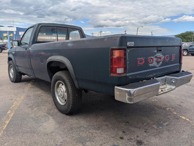DODGE DAKOTA 1992 price $2,950