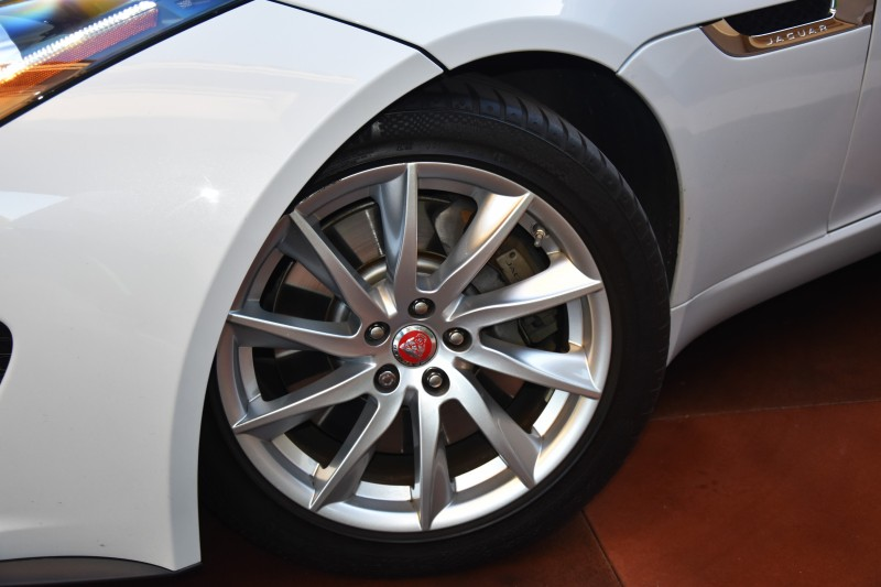 Jaguar F-TYPE 2016 price $34,800