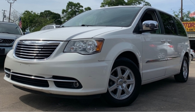 2011 Chrysler Town