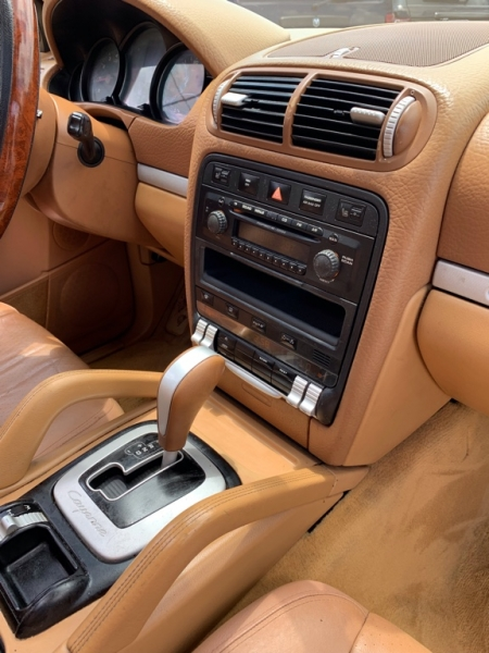 Porsche Cayenne 2006 price $6,590