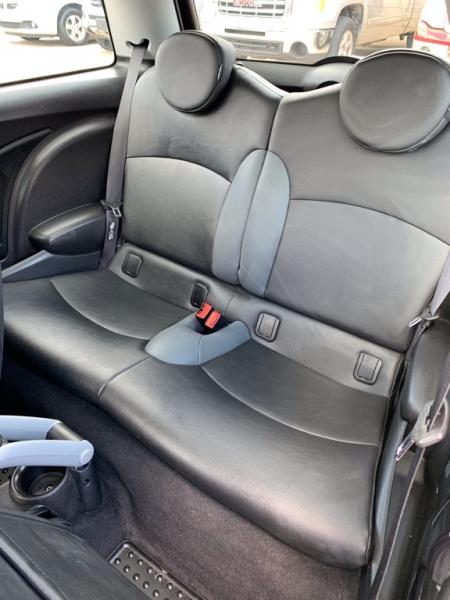 Mini Cooper Hardtop 2010 price $4,290