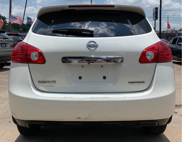 Nissan Rogue 2013 price $6,990