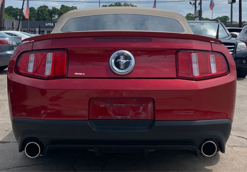Ford Mustang 2010 price $6,790