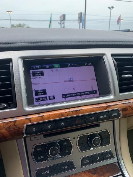 Jaguar XF 2013 price $8,490