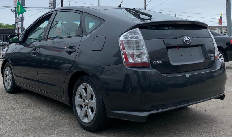 Toyota Prius 2009 price $4,900