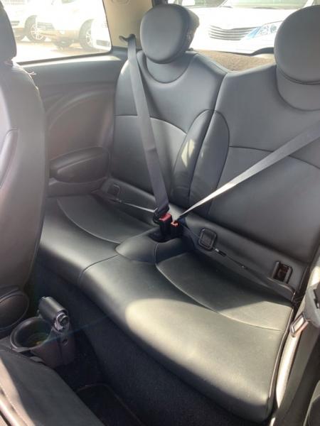 Mini Cooper Hardtop 2011 price $4,500