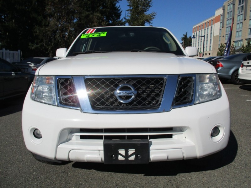 Nissan Pathfinder 2011 price $8,995