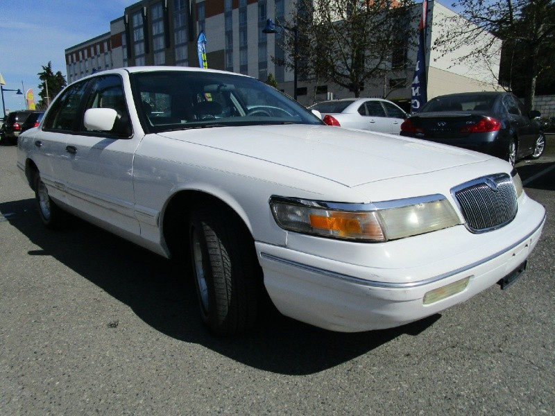 grand marquis 1997 miles per gallon