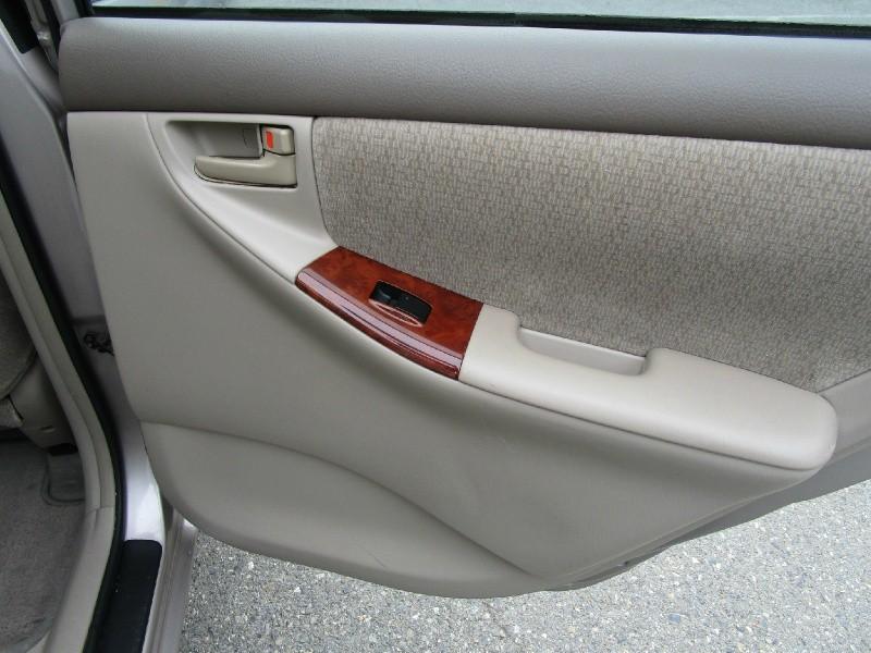 Toyota Corolla 2003 price $4,985