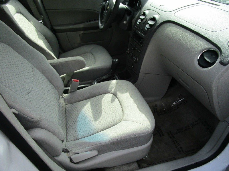Chevrolet HHR 2011 price $6,985