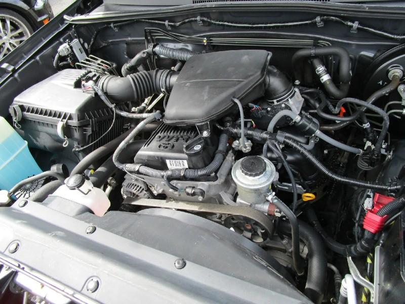 Toyota Tacoma 2010 price $12,485