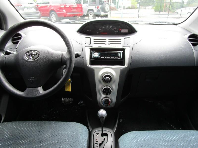 Toyota Yaris 2007 price $4,285