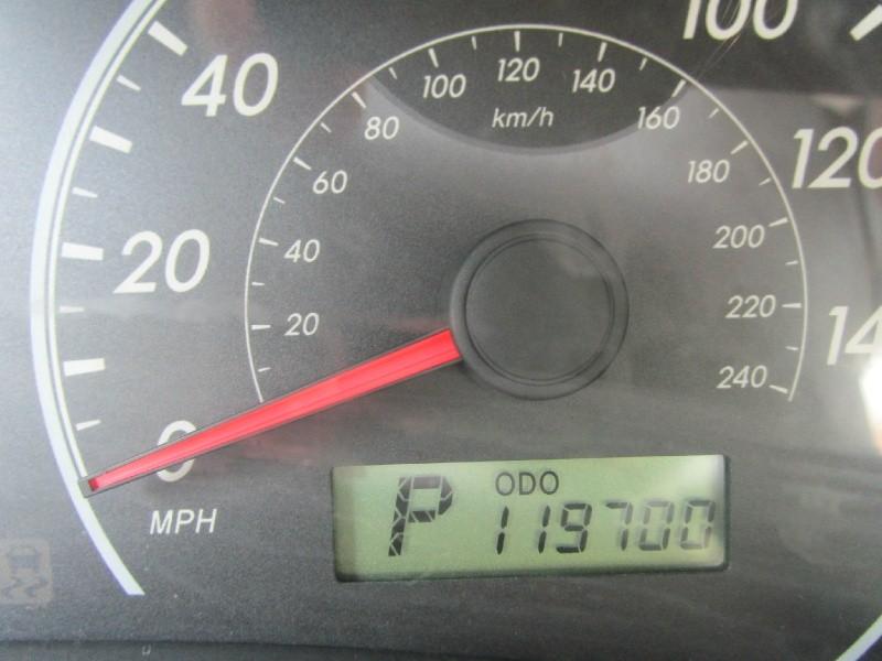 Toyota Corolla 2009 price $5,985