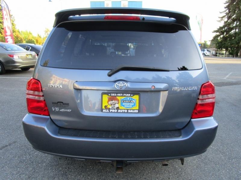 Toyota Highlander 2003 price $6,785