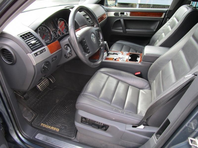 Volkswagen Touareg 2007 price $9,785