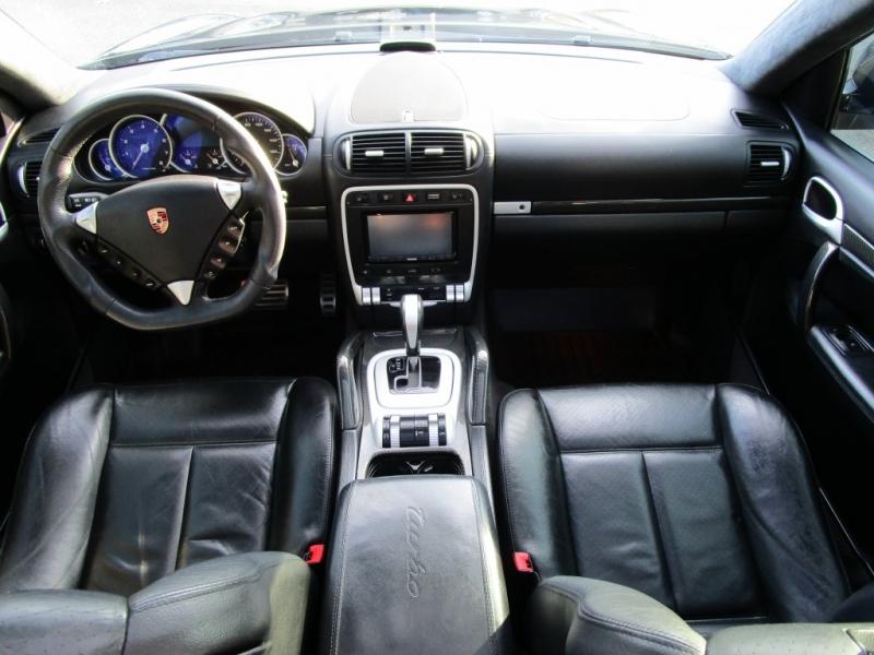 Porsche Cayenne 2006 price $14,485