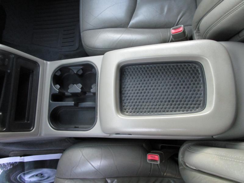 Chevrolet Silverado 2500HD 2003 price $9,485