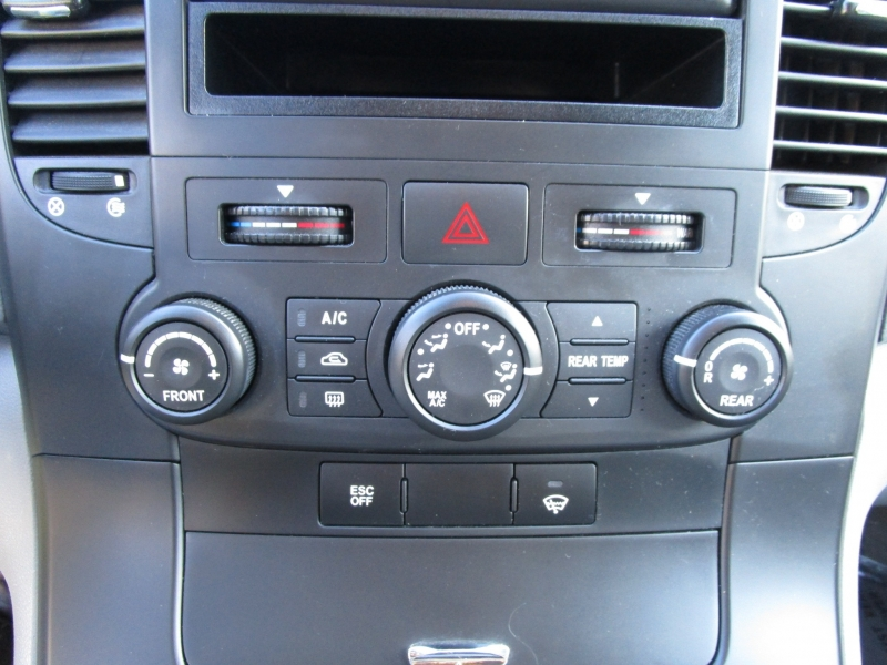 Kia Sedona 2006 price $3,985