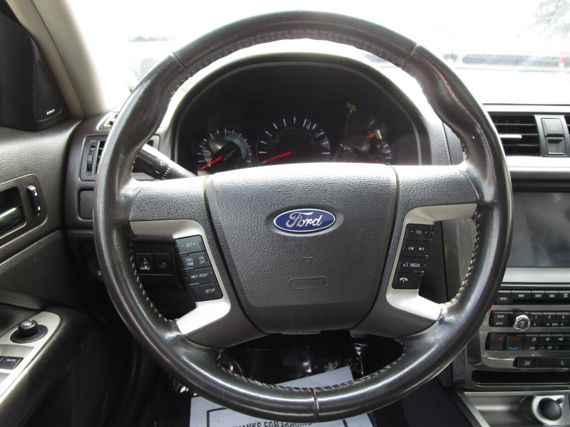 Ford Fusion 2011 price $7,485