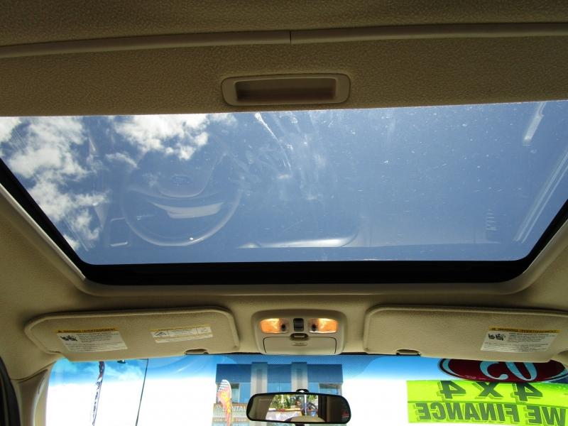 Ford Escape 2005 price $4,985
