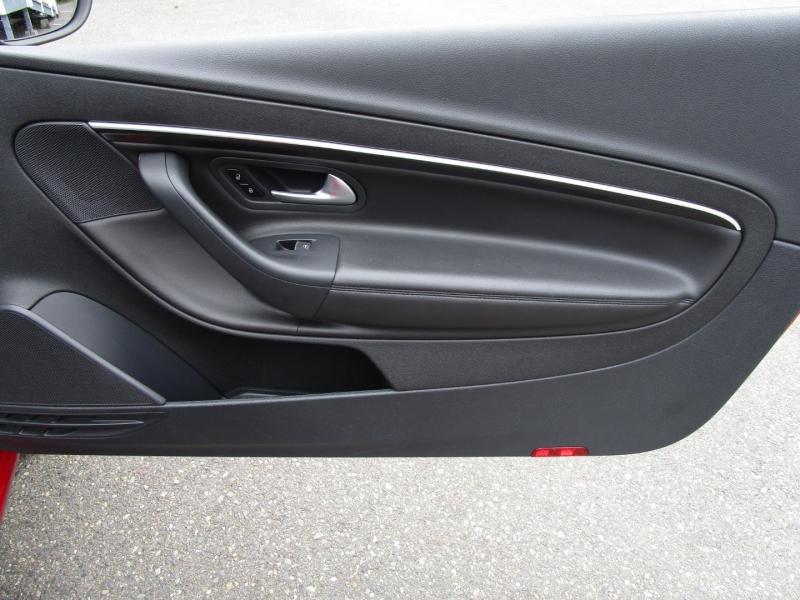 Volkswagen Eos 2014 price $12,485