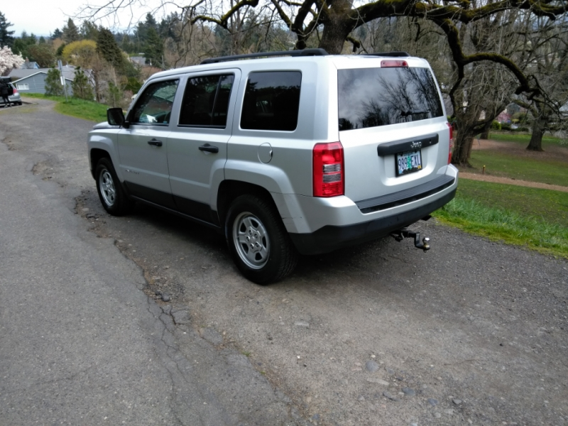 Jeep Patriot 2011 price $7,777