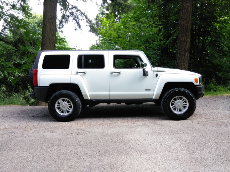 Hummer H3 2007 price $11,995