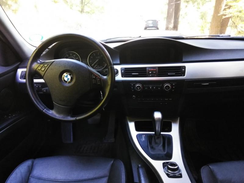 BMW 3-Series 2011 price $13,495