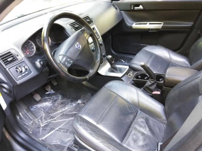 Volvo S 40 2005 price $5,495