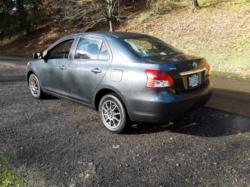 Toyota Yaris 2007 price $6,250
