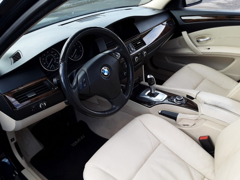 BMW 5-Series 2010 price $12,995