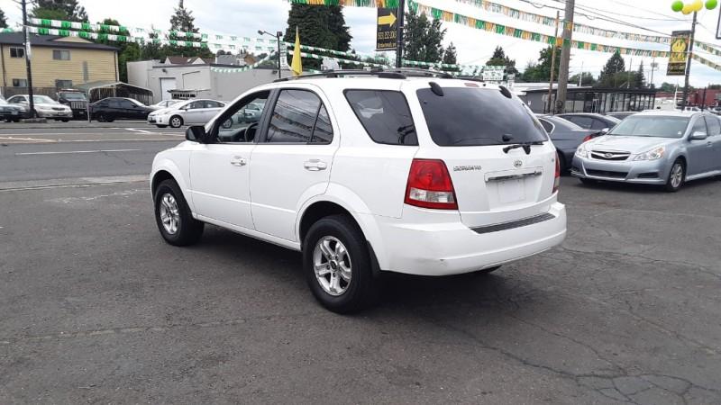 Kia Sorento 2005 price $4,995