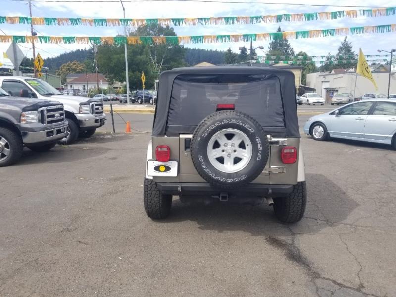 Jeep Wrangler 2004 price $11,495