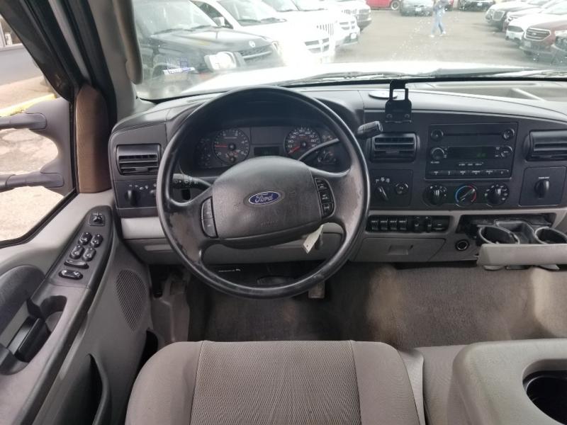 Ford Super Duty F-350 SRW 2005 price $14,995