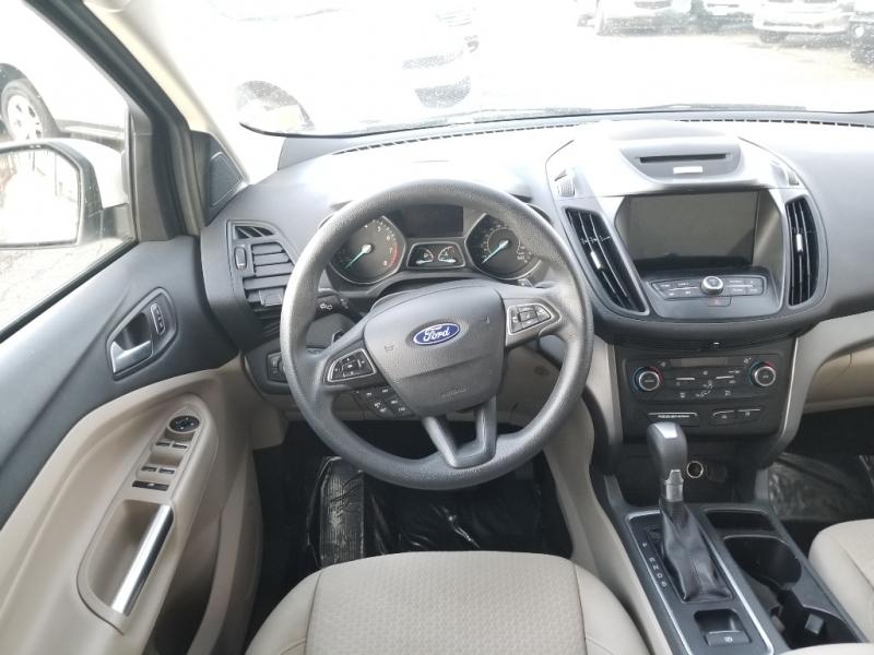 Ford Escape 2017 price $14,495