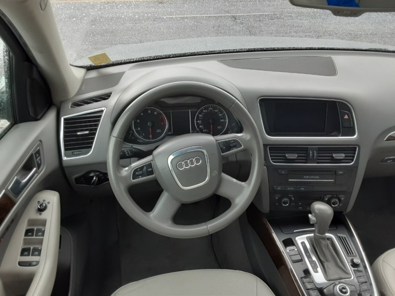 Audi Q5 2010 price $12,995