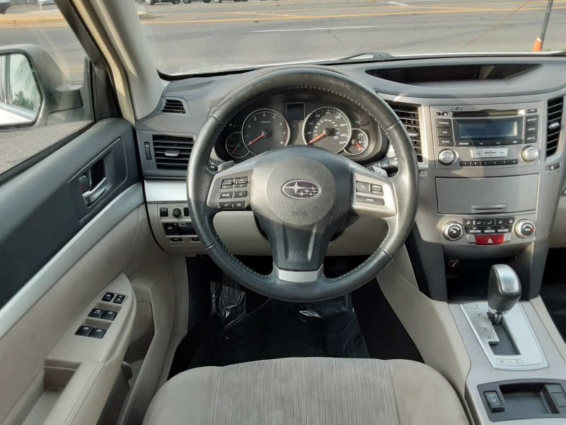 Subaru Legacy 2013 price $8,995
