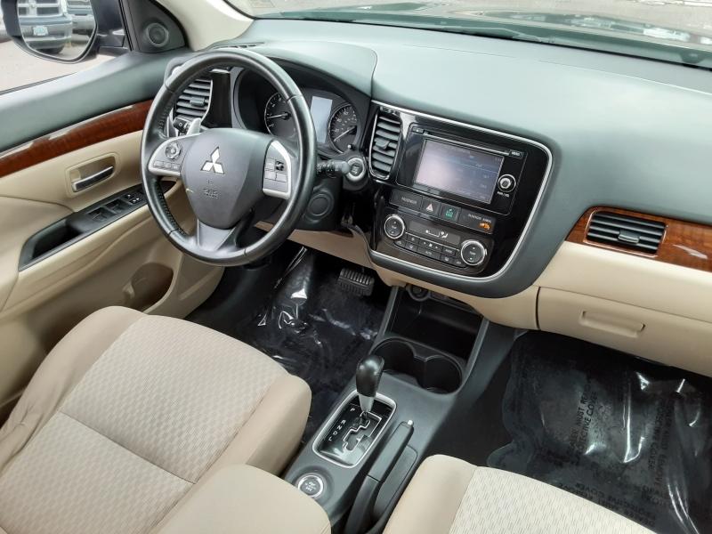 Mitsubishi Outlander 2014 price $8,995