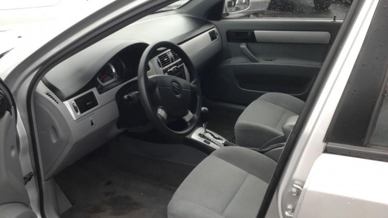 Suzuki Forenza 2006 price $2,888