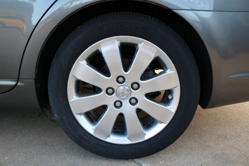 Toyota Avalon 2007 price $4,977 Cash