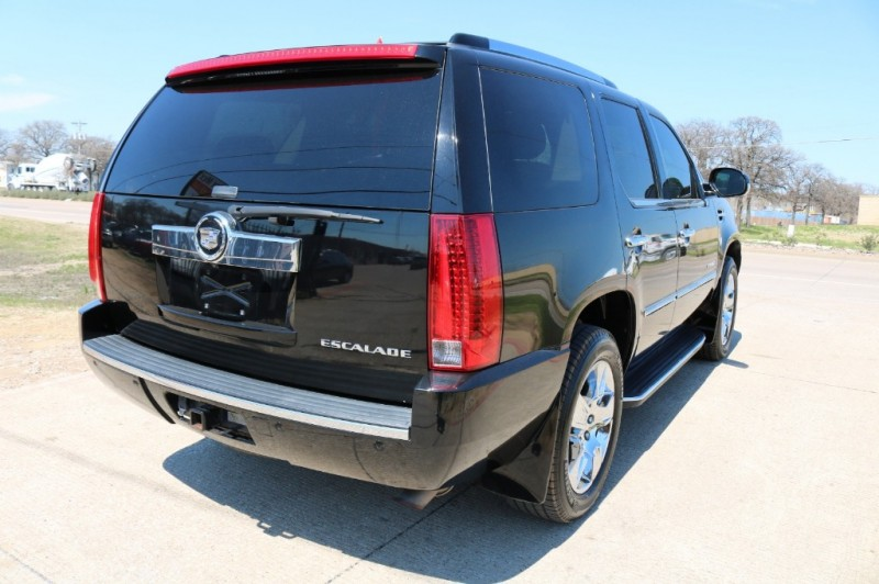 Cadillac Escalade 2008 price $8,977