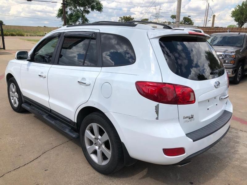 Hyundai Santa Fe 2007 price $2,877