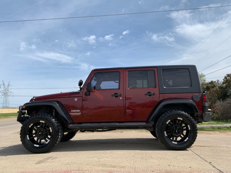 Jeep Wrangler Unlimited 2010 price $15,577