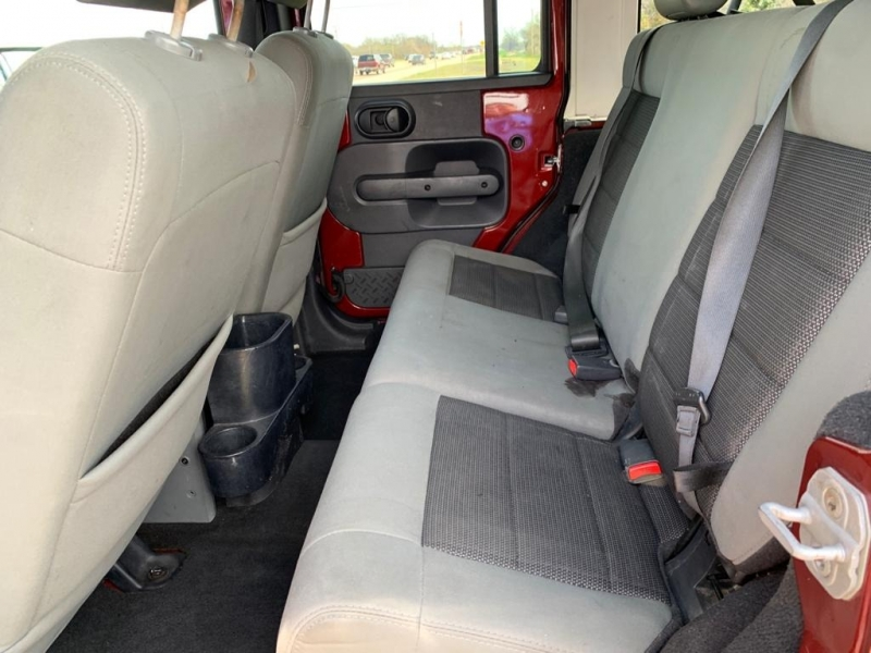 Jeep Wrangler Unlimited 2010 price $15,577