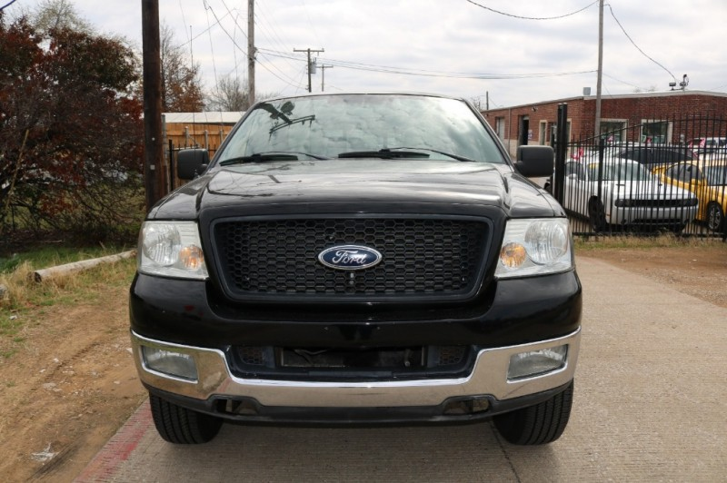 Ford F-150 2004 price $5,577 Cash