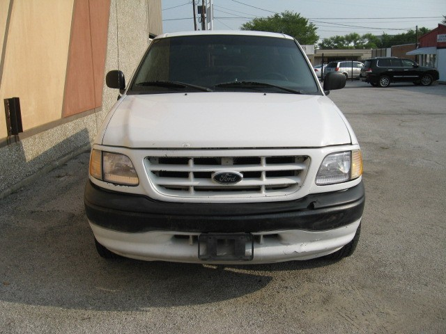 Ford F-150 2003 price $4,495