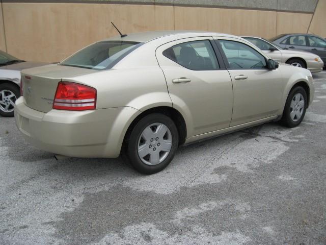 Dodge Avenger 2010 price $5,495