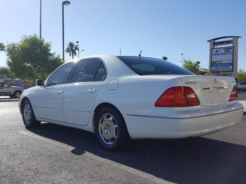 Lexus LS 430 2002 price $5,500 Cash
