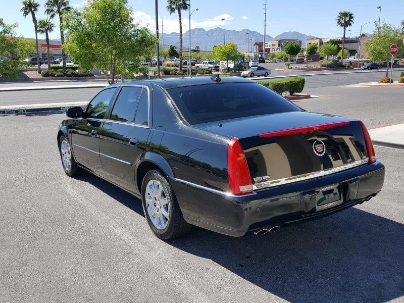 Cadillac DTS 2011 price $10,500 Cash