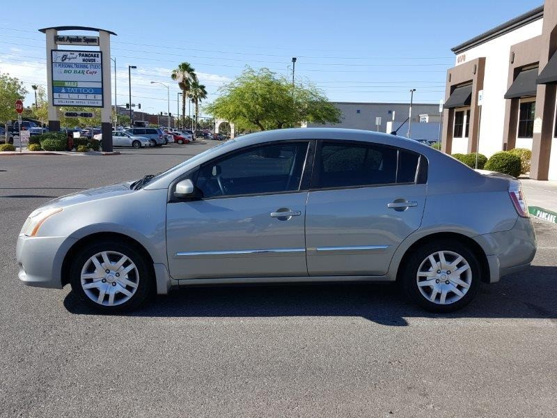Nissan Sentra 2010 price $4,800 Cash